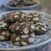 Video receta: Cookies de chocolate y almendras