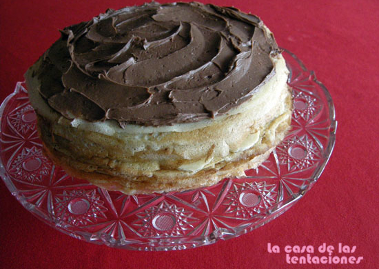Tarta de crepes con crema de chocolate