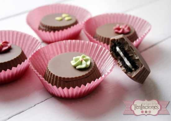 Video Receta: Oreo cubiertas de chocolate